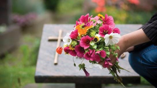 Người Công giáo có kính nhớ tổ tiên không?
