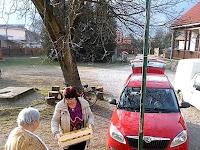 03 - Az óvoda és iskola konyhája almát is kapott.JPG
