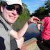 Piranha-Fischen: der Köder ist ein Stück Fleisch!