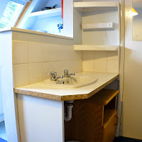 Room X4-sink