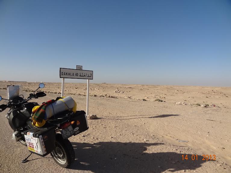 Marrocos e Mauritãnia a Queimar Pneu e Gasolina - Página 5 DSC05847