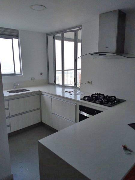 apartamento en arriendo castropol 679-23096