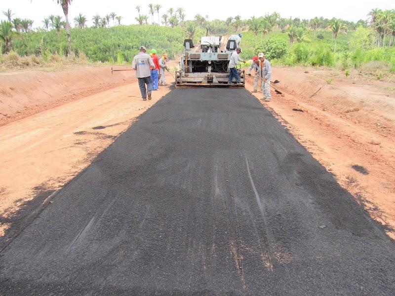 Em Igarapé Grande prefeitura leva 9 Km de asfalto da sede ao povoado São Raimundo.