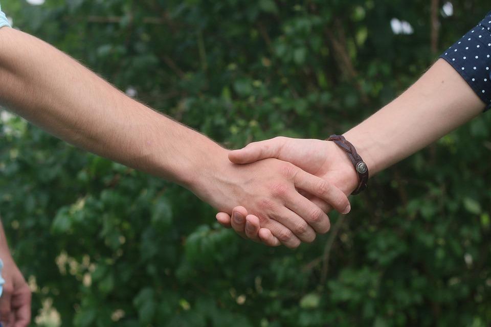 [Handshake5]
