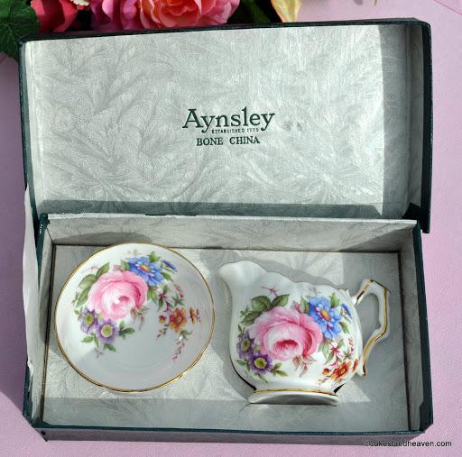Boxed Vintage Aynsley Milk & Sugar Set