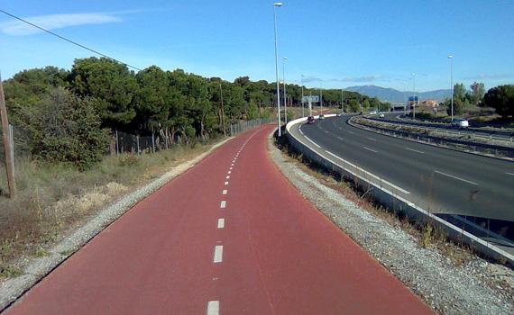 Carril bici de la Carretera de Colmenar