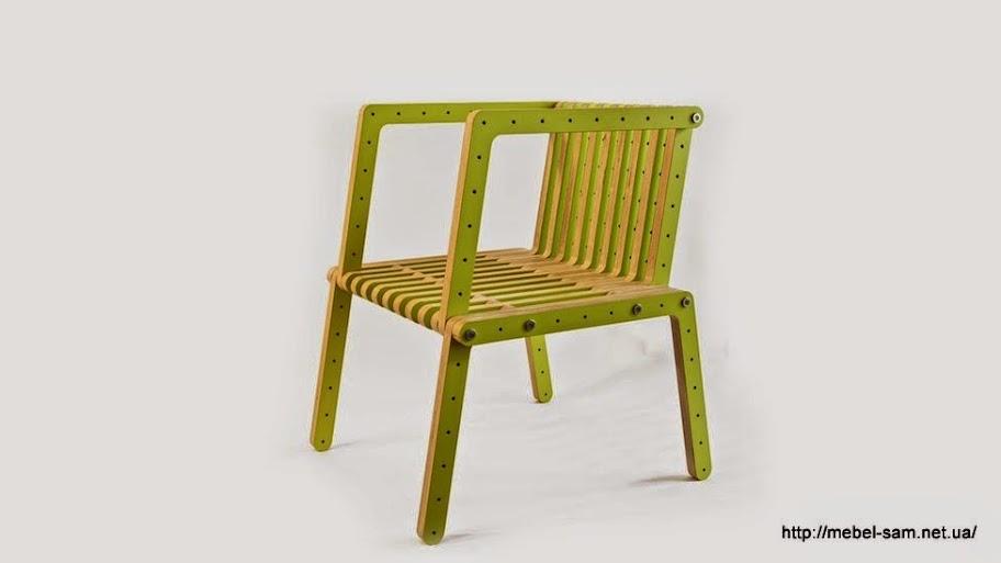 Сборный фанерный стул с подлокотниками