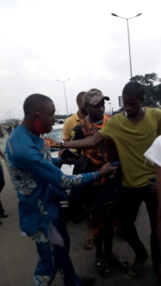 Man caught after snatching phone and handbag from passengers in Port Harcourt