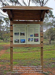 04 Rocky Gully (25)-trail & attractions notice board