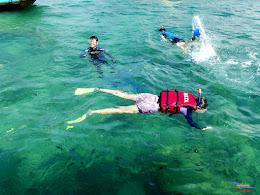 family trip pulau pari 140716 Fuji 064