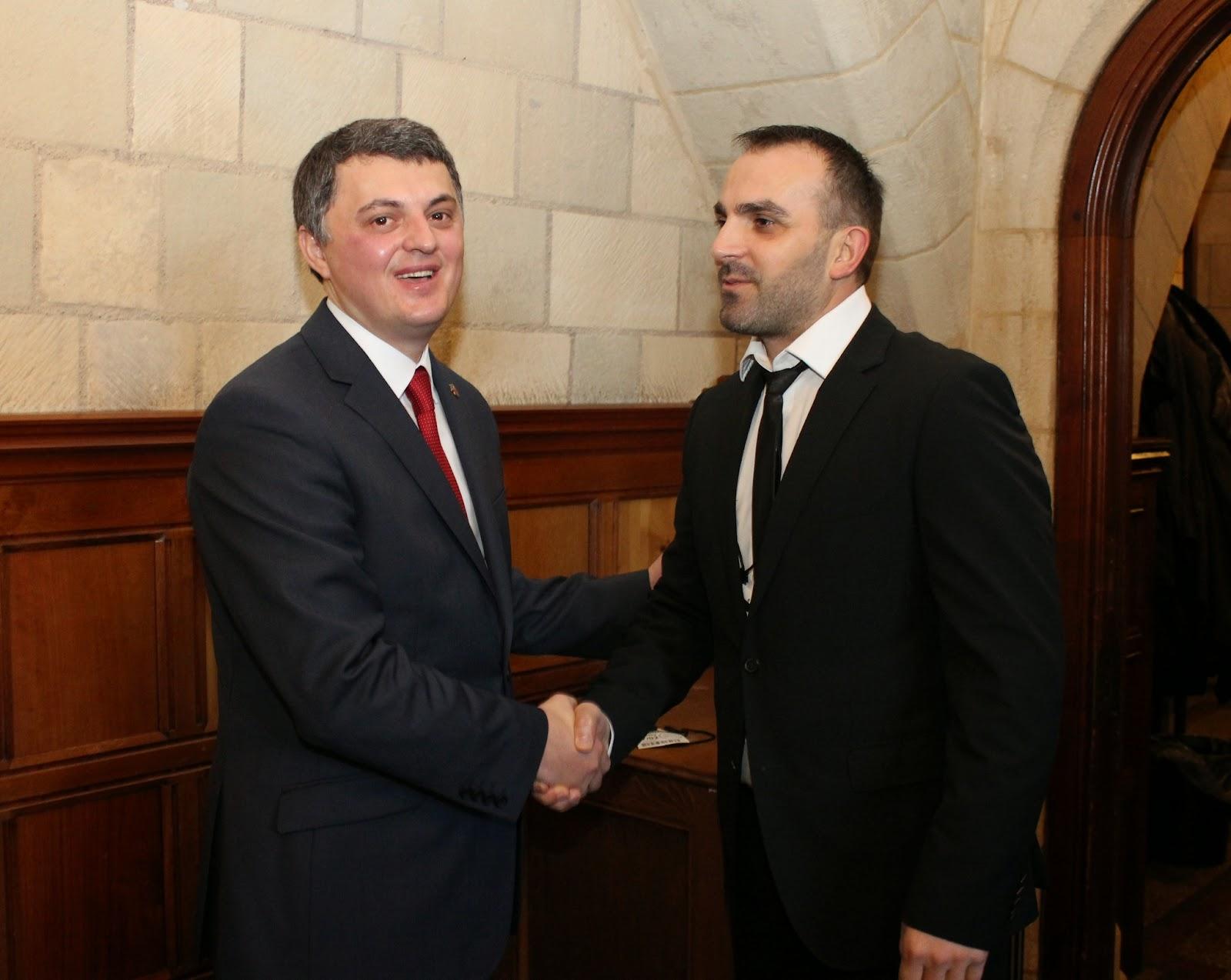 Pervjetori i Pavaresise se Kosoves, 17.02.2015