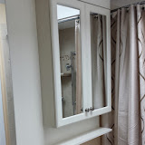 Bathrooms - 20140128_121937.jpg