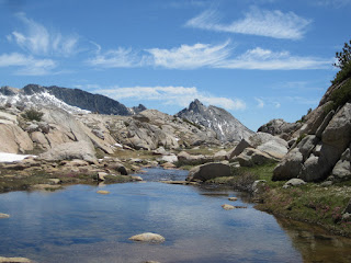 And down the creek towards Ragged Peak, over Lower Young Lake. ©http://ba​ckpackthes​ierra.com