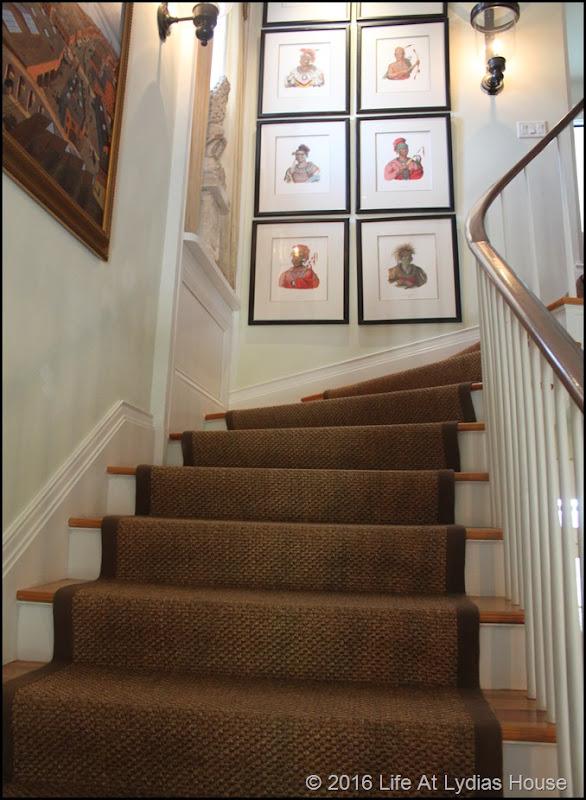 stairway decor 1