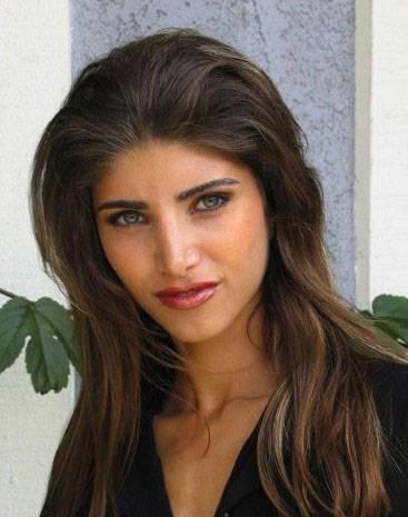 Persian Model Miriam Shenasi face