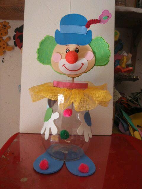 Ideas de juguetes con material reciclado for Juguetes de plastico