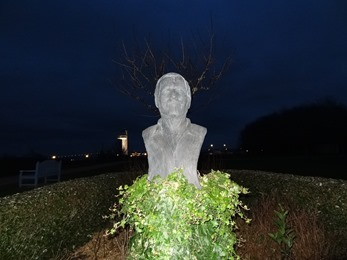 2018.02.18-024 buste de Michel Serrault