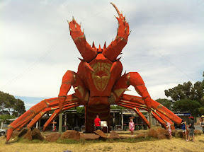Larry the Big Lobster, Kingston S.A.