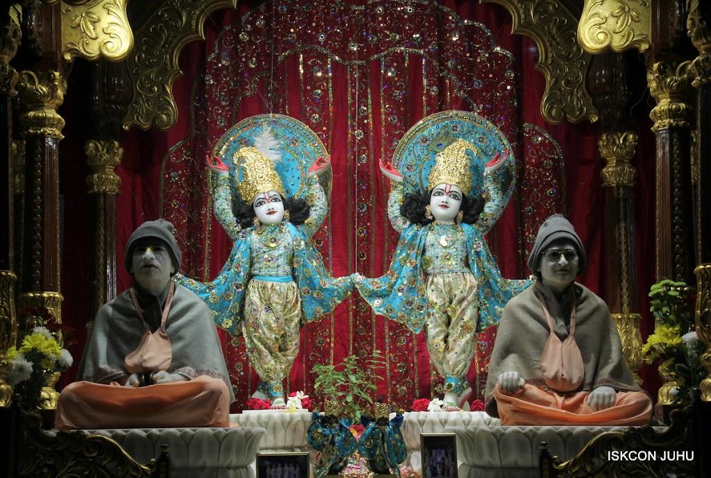 ISKCON Juhu Mangal Deity Darshan 11 Jan 2016  (20)