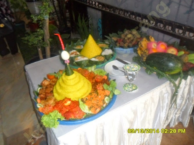 Nasi Tumpeng Robyong-Tangerang