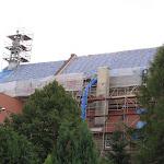 2010.09.04.-Wymiana dachu na kościele.JPG