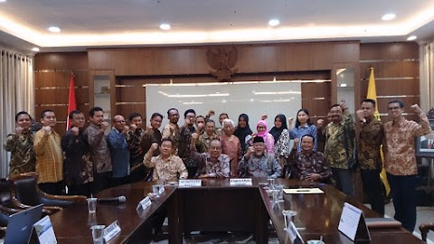 Tentukan rektor baru, UNNAR rapat senat