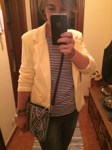 americana amarilla, bolso tribal atmosphere, botín serraje camel, botín serraje Xti, MIX tribal navy, Yellow blazer