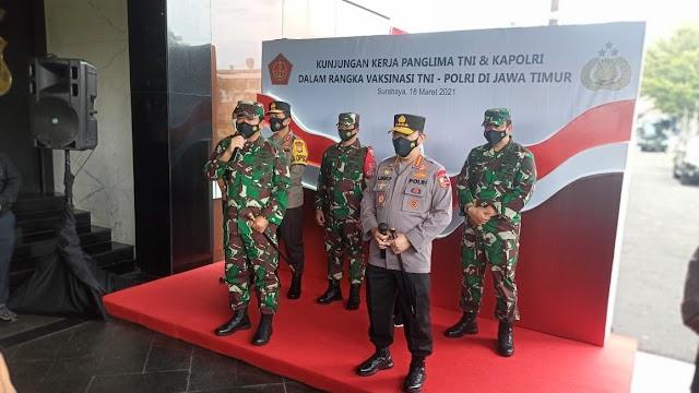 Panglima TNI dan Kapolri Meninjau Vaksinasi Bagi Prajurit TNI dan Polri di Kota Surabaya