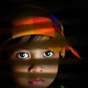 looking thru by Samm Belaguin - Babies & Children Children Candids