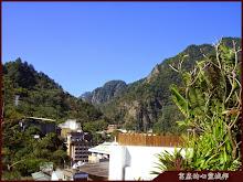 惠來谷關溫泉會館頂樓山景