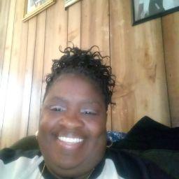 user Myrna Smith apkdeer profile image