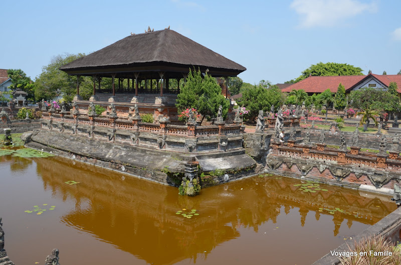 Bale Kambang - Semarapura