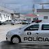 Criança de 2 anos chega morta em hospital e padrasto é suspeito de agressões em Campina Grande; mãe é levada para delegacia sob efeitos de drogas