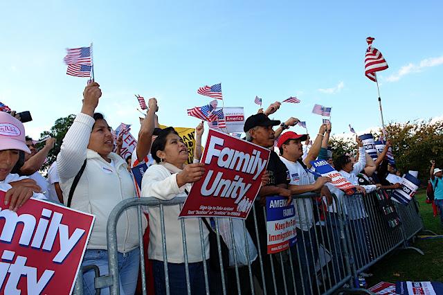 NL Fotos de Mauricio- Reforma MIgratoria 13 de Oct en DC - DSC00827.JPG