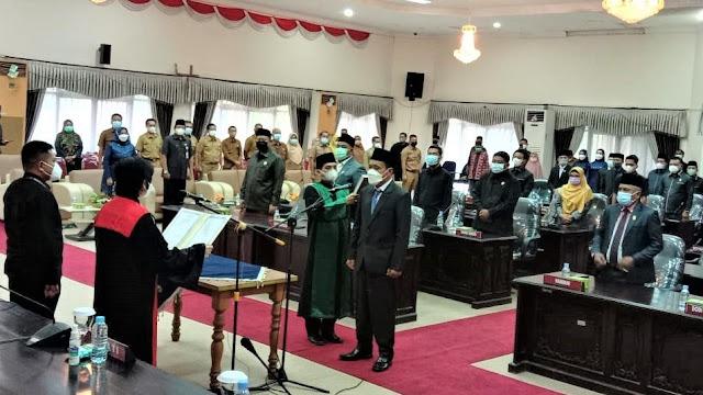 Rapat Paripurna Pelantikan Anggota Pergantian Antar Waktu (PAW) DPRD Inhu, Karna Gantikan Edi Santoso
