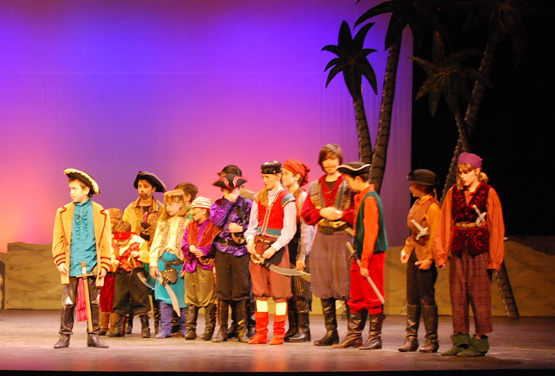 2012PiratesofPenzance - DSC_5845.JPG