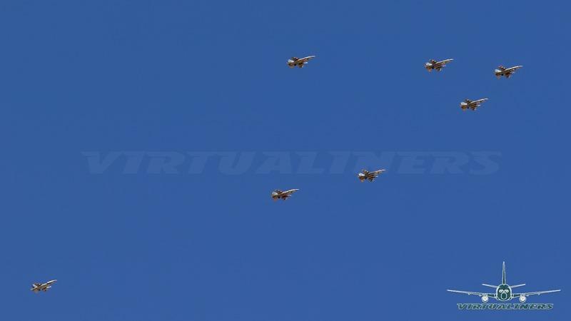 [F-16_block_50_Sobre_Santiago-01%5B3%5D]