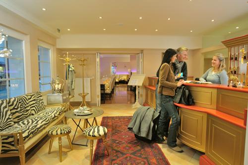 Hotel Heitzmann - Recep11.jpg