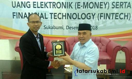 Universitas BSI Sukabumi Songsong Era Uang Elektronik dan Finansial Technology