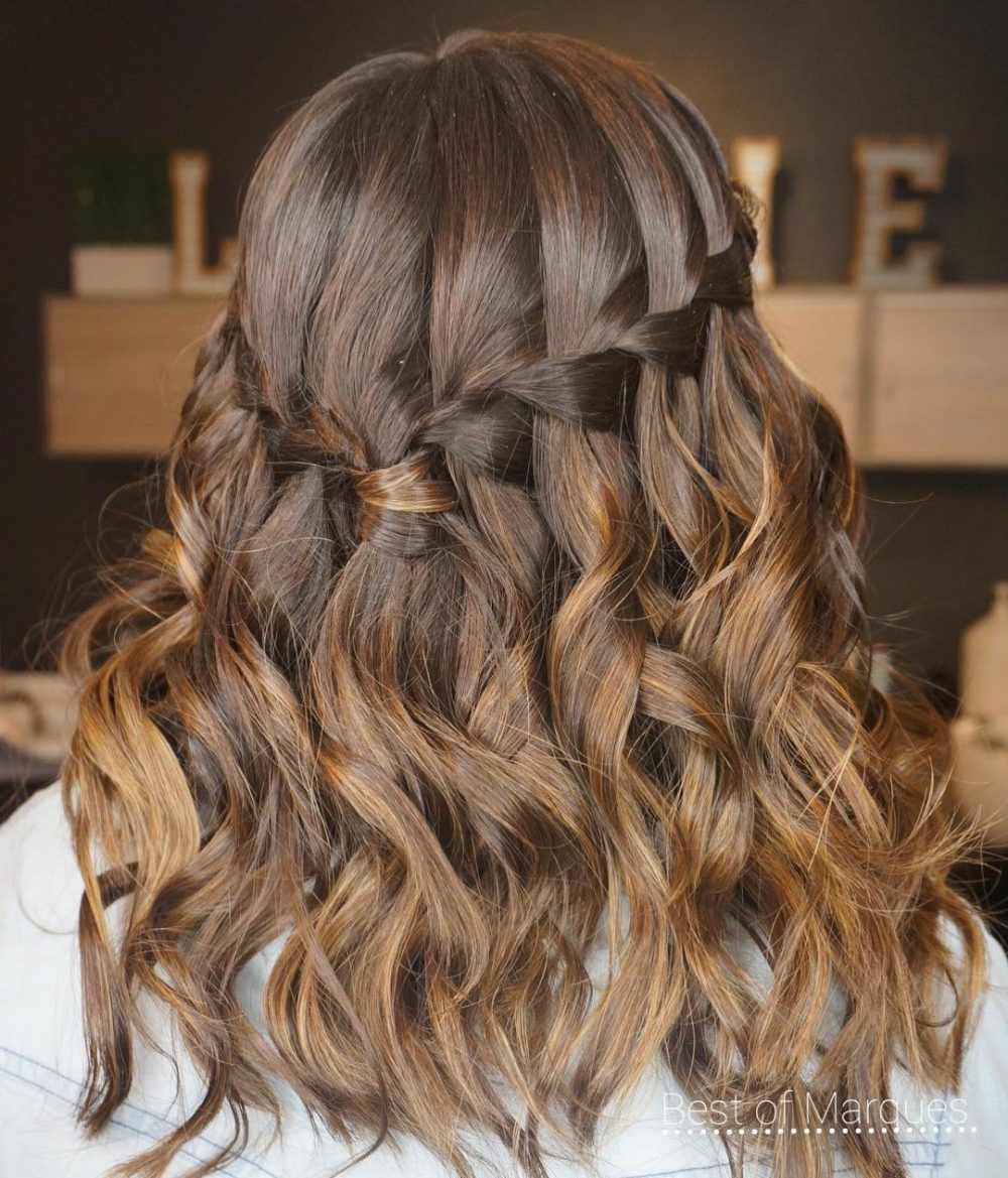 Latest Medium Hairstyle Summer 2018 For Teens 2