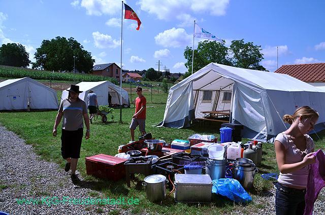 ZL2011Vorlager - KjG-Zeltlager-2011Zeltlager%2B2011%2B002%2B%25283%2529.jpg
