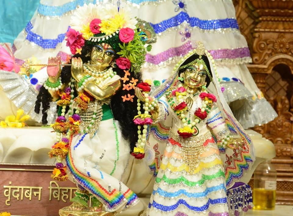 ISKCON GEV Deity Darshan 03 jan 2017 (15)