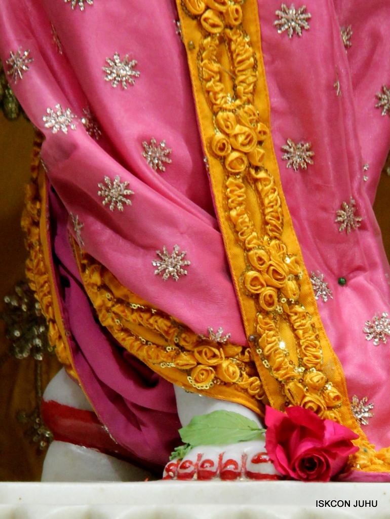 ISKCON Juhu Mangal Deity Darshan on 30th Dec 2016 (32)