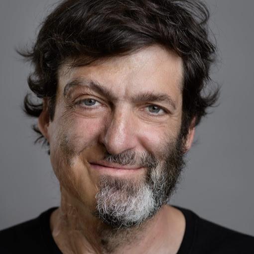Dan <b>Ariely&#39;s</b> profile photo