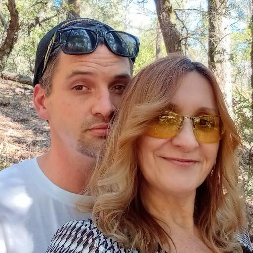 user Sheila Williams apkdeer profile image