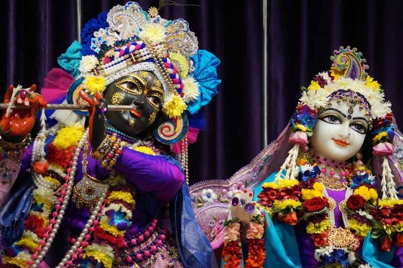 ISKCON Noida Deity Darshan 19 Dec 2015 (5)