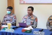 Kunjungi Polsek Kuala Behe, Kapolda : Polisi Harus Update Perkembangan Informasi