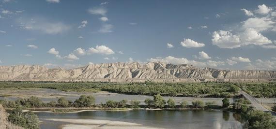 Brücke über den Fluss Naryn