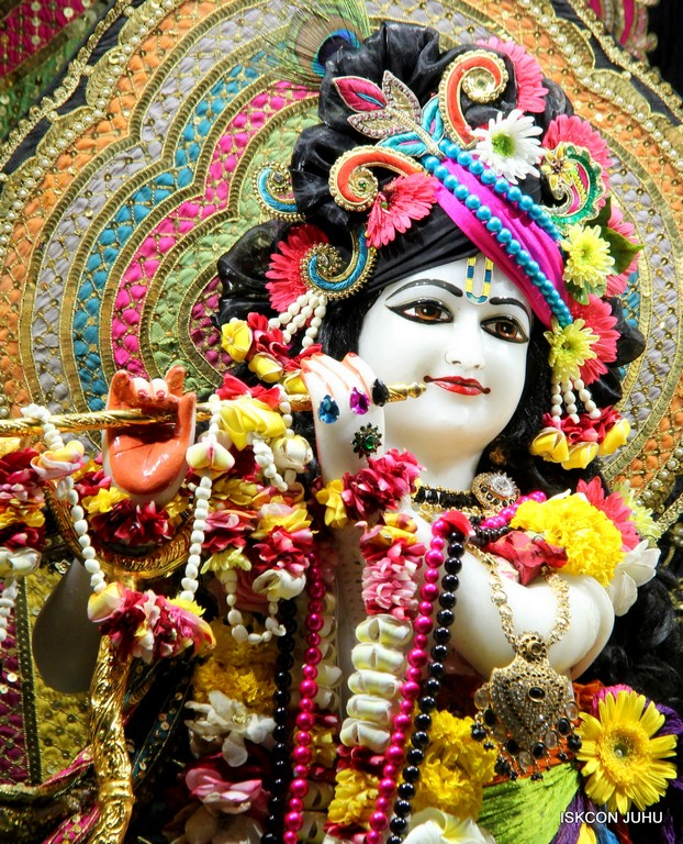 ISKCON Juhu Sringar Deity Darshan 09 April 2016 (18)