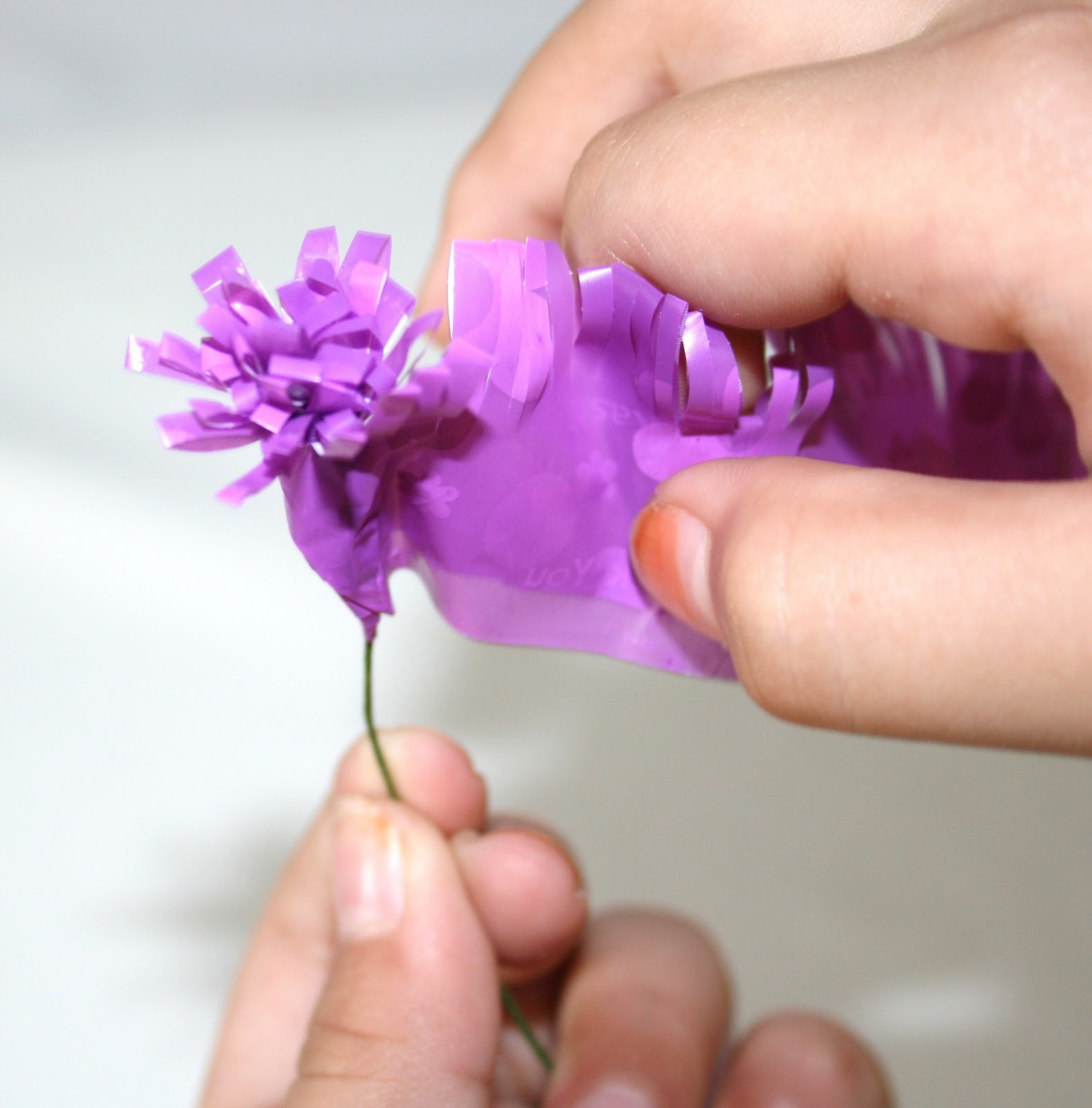 Paper Flowers Malaysia How To Make An Easy Plastic Bag Flowers